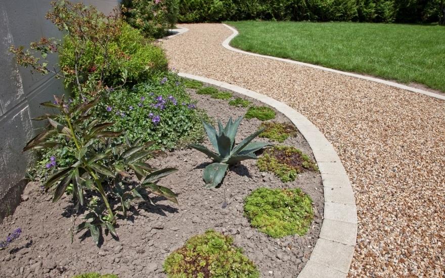 All e de jardin en alv ostar en manche for Brique pour bordure de jardin